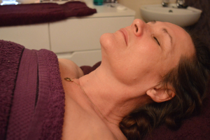 Elemis Visible Brilliance Facial for ageing, stressed & slackened skin