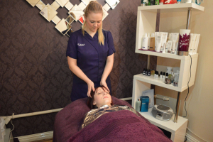 Elemis Fennel Cleansing / Cellulite & Colon Therapy